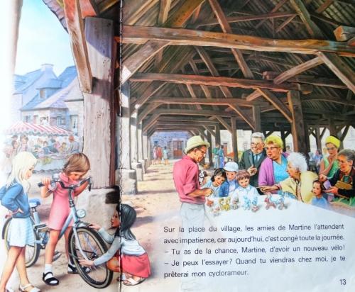 Martine fait de la bicyclette, le faouët, les halles